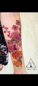 Tattoo realistico fiori